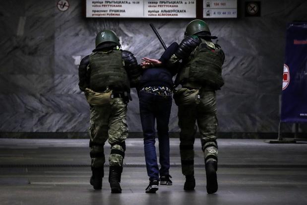 Buurlanden willen bemiddelen in crisis Wit-Rusland