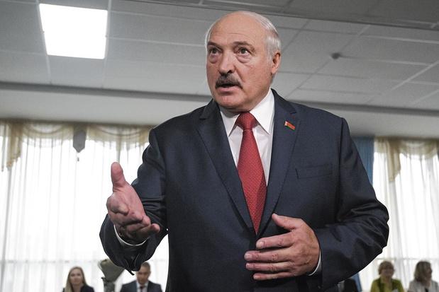 Wit-Rusland voetbalt gewoon door