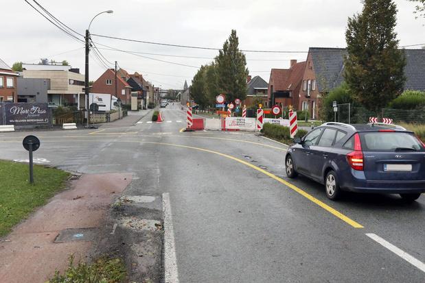 Kruispunt van Aartrijkestraat met Noordlaan in Torhout wordt autoluwer