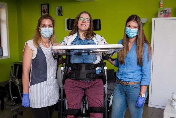 Duizend West-Vlaamse thuisverzorgenden leren omgaan met angst en corona