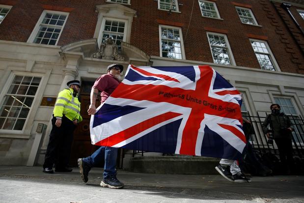 Britse minister van Financiën: 'Brexitdeal haalt zorgen over economische schade weg'