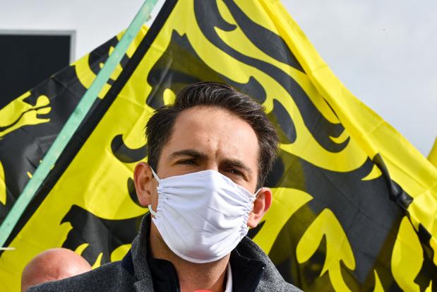 Vlaams Belang zet omstreden Carrera Neefs uit de partij