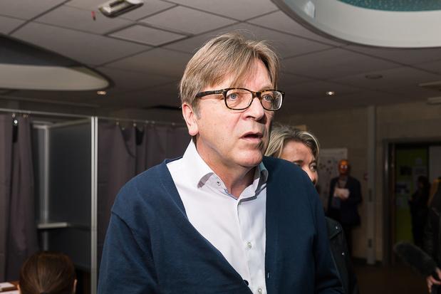 Europese liberalen schuiven Verhofstadt naar voren in raad van bestuur toekomstconferentie