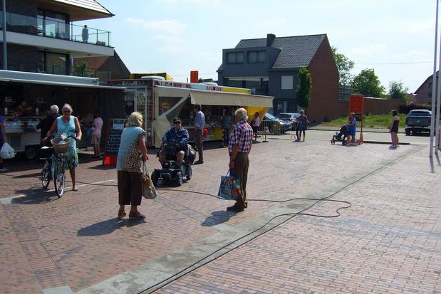 Ook op Kerkplein Beveren-Leie en centrum Waregem opnieuw markt