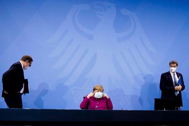 Comme la Belgique, l'Allemagne va autoriser le vaccin AstraZeneca pour les plus de 65 ans