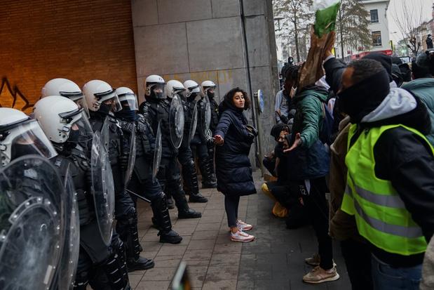 Protest in Brussel na dood Ibrahima: meer dan 100 arrestaties en vijf agenten gewond