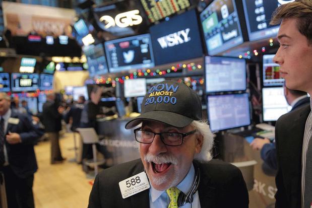 Bouffée d'oxygène pour les Bourses mondiales après un nouveau soutien de la Fed