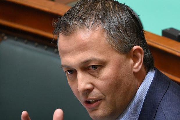Open VLD en onderwijsbonden niet blij met benoemingsvoorstel Weyts