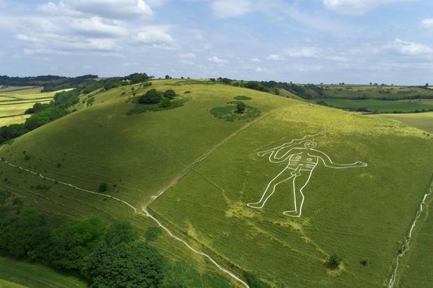 Mysterie van de naakte man op de heuvel bij het Britse dorpje Cerne Abbas deels opgelost