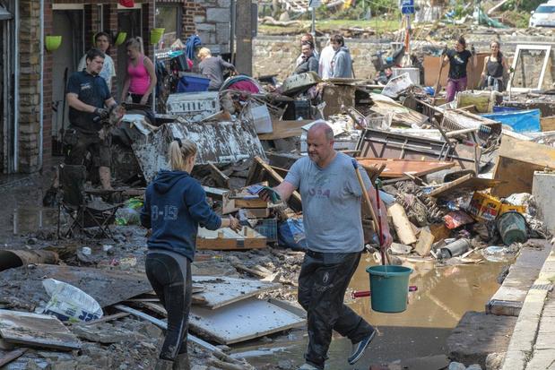 """""""Une somme record"""": comment la Croix-Rouge va répartir les 35 millions de dons aux sinistrés des inondations"""