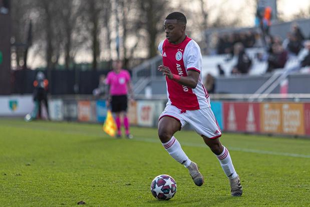 Topclubs azen op Sontje Hansen (Ajax)