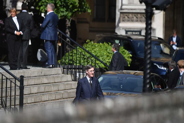 'Fysiek stemmen in het Lagerhuis, daar laat je je niet door een pandemie vanaf brengen'