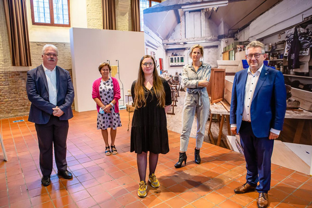 Alice Vanderschoot is laureaat van Brugse kunstwedstrijd SANT 2020