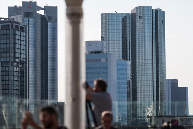 Deutsche Bank doet beter dan gedacht en boekt winst
