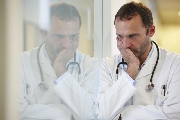 """"""" Salariser les médecins coûterait 4 milliards supplémentaires """""""