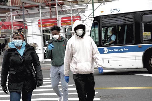 Baisse du nombre de nouvelles contaminations au coronavirus aux Etats-Unis