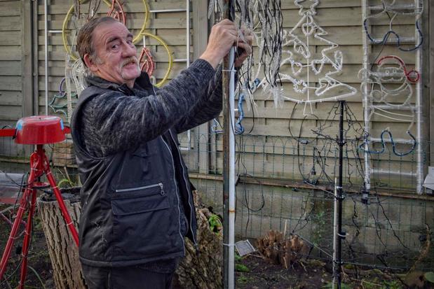 """Lauwe's kersthuisje krijgt opnieuw vorm: """"Licht brengen in donkere tijden"""""""