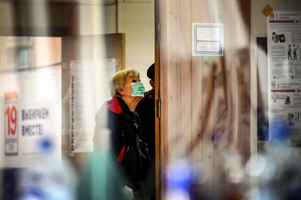 Russische verkiezingen: kiescommissie belooft onderzoek naar onregelmatigheden