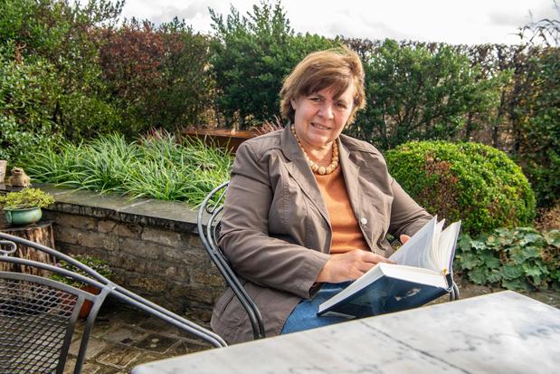 Bibliothecaris Myriam Verfaillie met pensioenin Lendelede
