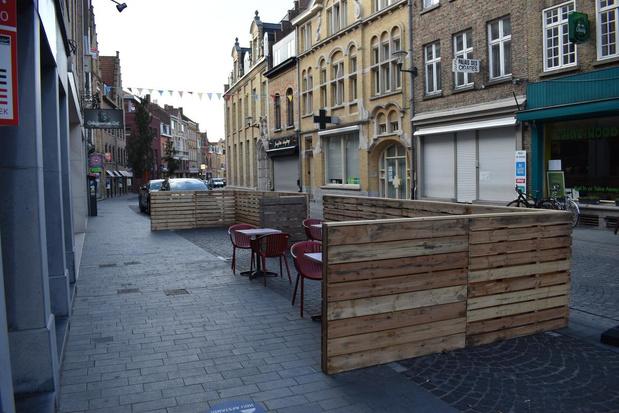 Stad Ieper wil geen paletten als afbakening tijdelijke terrassen