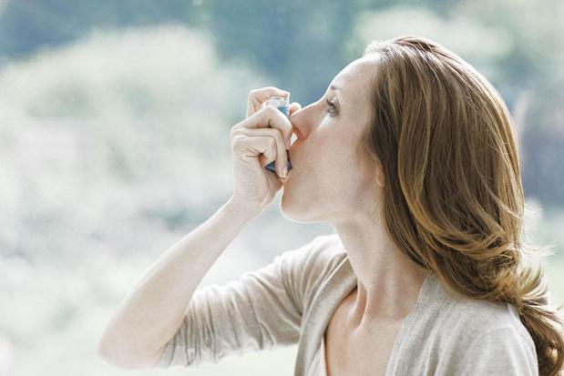 Corticostéroïdes inhalés pour tous et thérapie ciblée en cas d'asthme sévère