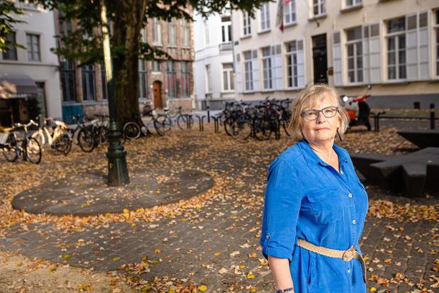 Studenten Europacollege hielden opnieuw een feestje op het Biskajersplein in Brugge