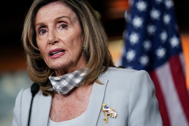 Pelosi roept Huis terug uit zomerreces vanwege problemen met postbedrijf