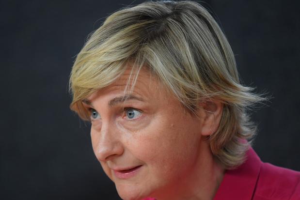 De lockdownlessen van Hilde Crevits: 'Vrienden stonden klaar om pistolets te brengen'