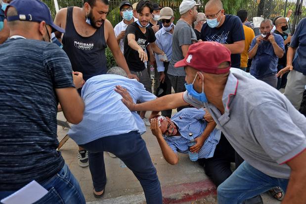 Rellen in Tunis na ontslag premier en opschorting parlement
