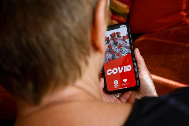 Corona-app voor iedereen downloadbaar