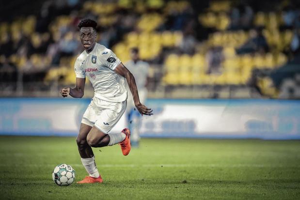 Anderlechttalent Sambi Lokonga: 'Waarom zou ik niet relaxed mogen zijn?'