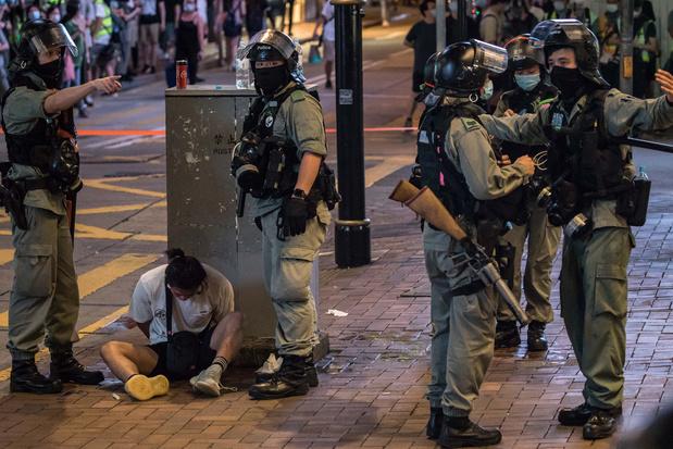 Hongkong voelt al meteen gevolgen van Chinese 'veiligheidswet': 300 mensen opgepakt