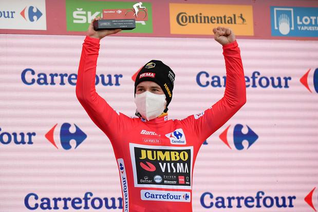 Roglic wint voor het tweede jaar op rij de Vuelta, zege in slotrit voor Ackermann