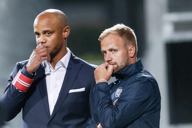 Assistent-coach Aaron Danks is alweer weg bij Anderlecht