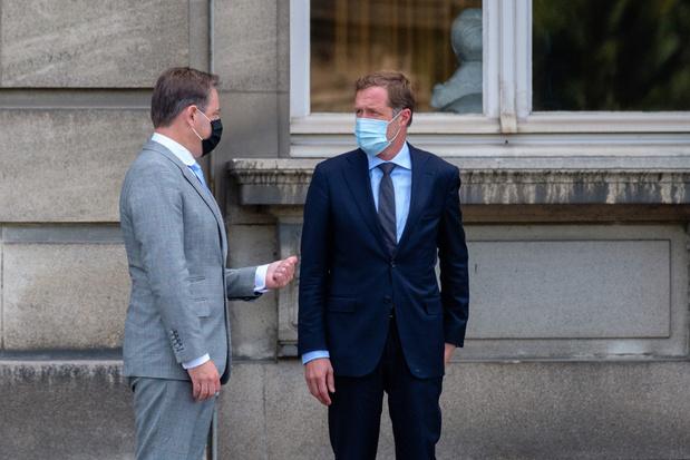 De Wever en Magnette zullen groenen en liberalen opnieuw uitnodigen