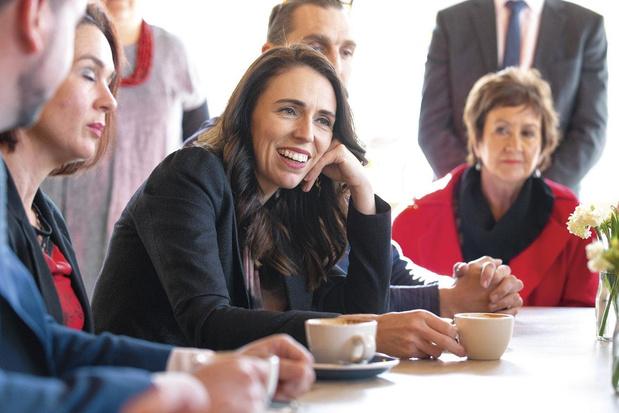 """Une sacrée paire néo-zélandaise: """"Elle n'a rien inventé, Jacinta Ardern. Mais ce que tout le monde a fait, elle, elle l'a bien fait"""" (chronique)"""