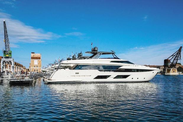 Des yachts grand luxe et bien armés