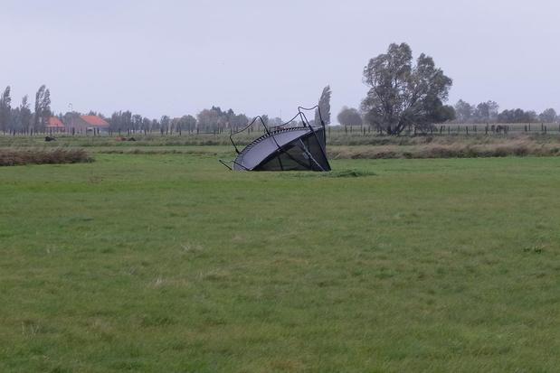 Trampoline gaan vliegen in Steenkerke