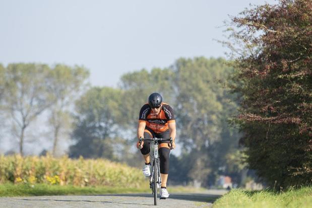 Jurgen Ronse blijft in de buurt en fietst door alle straatjes van Damme