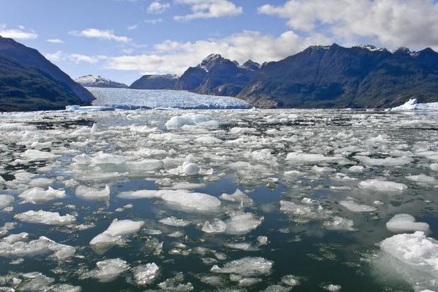 Recordversnelling voor afsmeltende ijskappen