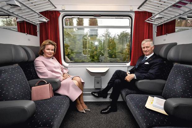 Le train spécial de Philippe vers Luxembourg