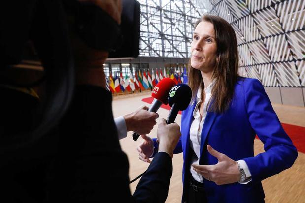 Sophie Wilmès: 'Zelfs een zuinig budget zal België elk jaar 1 miljard euro meer kosten'