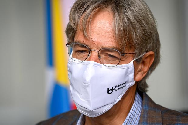 Herman Goossens: 'Sneltesten zijn niet dé oplossing om het normale leven te kunnen heropstarten'