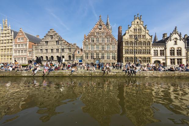 Minister van Toerisme Demir werkt aan plan om toeristen in Vlaanderen te spreiden