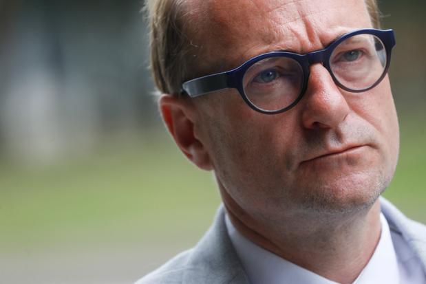 Ben Weyts: 'Volledige school sluiten op basis van één besmetting is onzinnig'