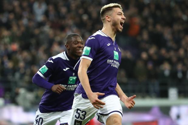 Anderlecht houdt top zes in vizier met winst tegen Moeskroen