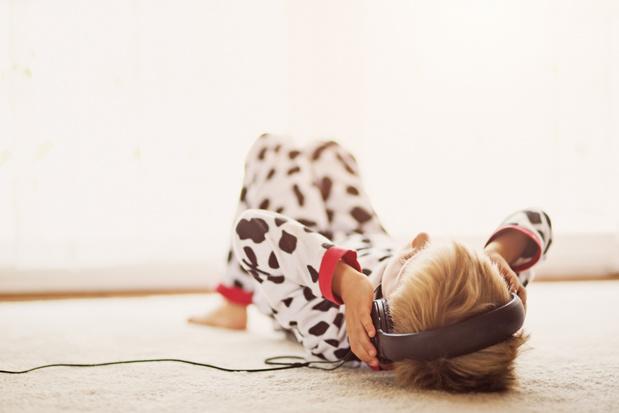 Zes leuke podcasts voor jongeren