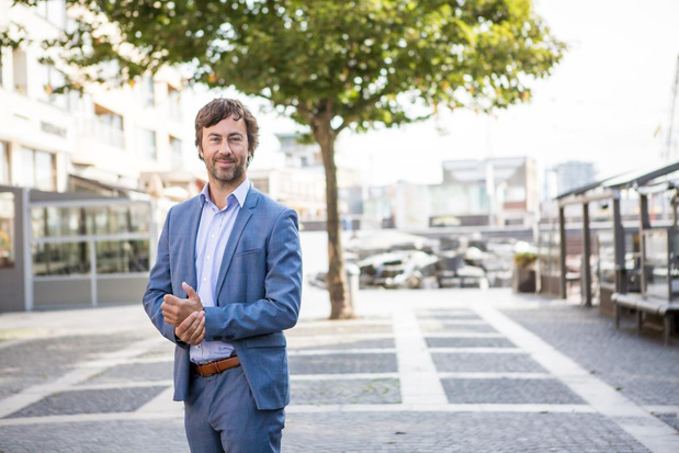 Gemeenteraad zonder interpellaties en publiek in Oostende