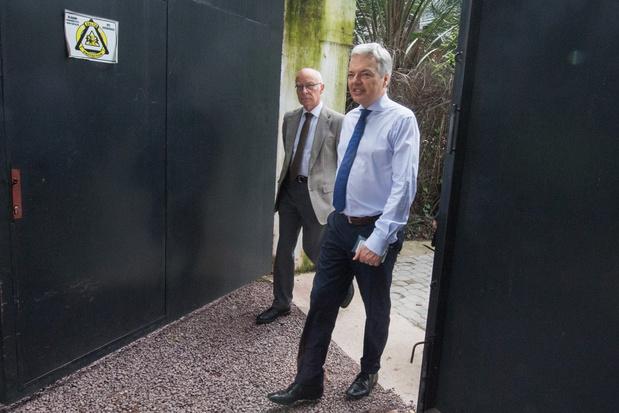 Voorpublicatie 'De clan Reynders': 'Slikken en met pensioen sturen? Het was dat of een nieuw schandaal'
