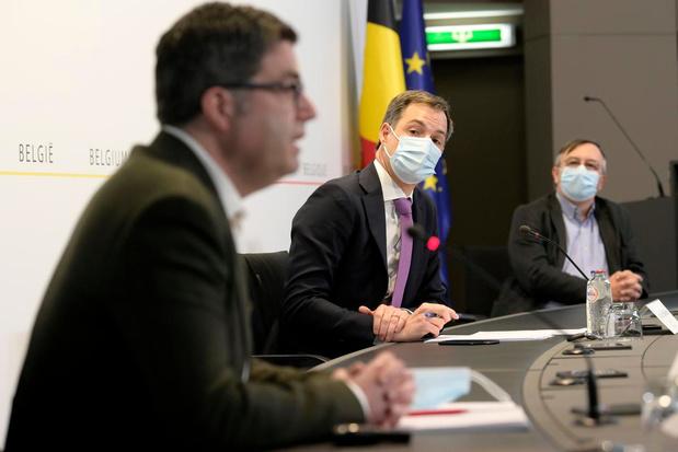 """Sciensano : """"A ce rythme, il y aura 1.000 patients en soins intensifs le 10 avril"""""""